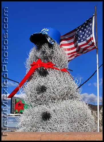 tumbleweed-snowman